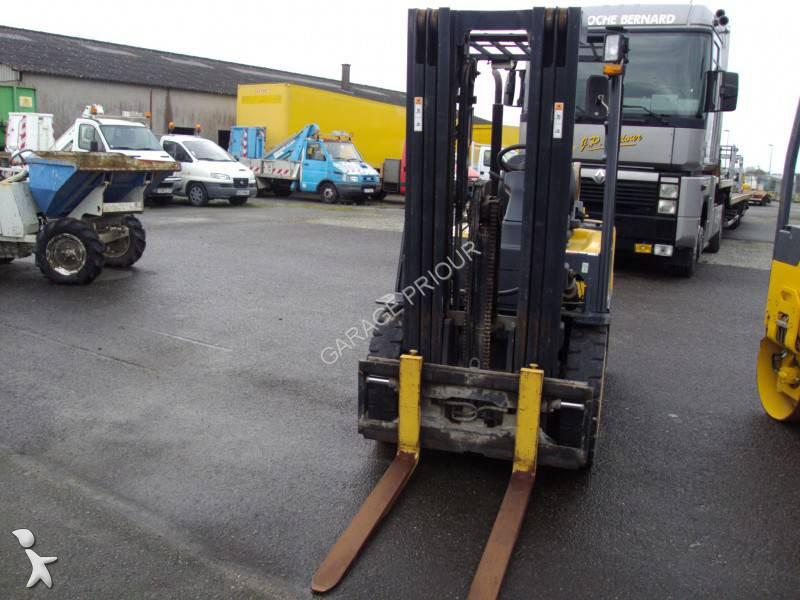 Chariot l vateur doosan g25 e 3 garage priour agent for Garage renault dacia orleans