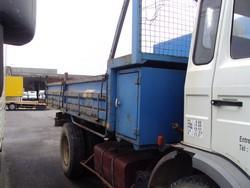 1161514-camion-renault-benne.jpg