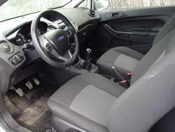 Fiesta coffre ouvert.jpg